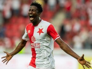 Super Eagles striker Olayinka looks forward to dumping Arsenal out of Europa League tonight