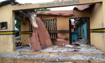 Insecurity spreads across southeast as about 100 gunmen attack Abia police station