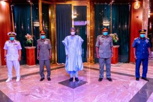 Buhari calls emergency security meeting after armed robbers invade presidential villa