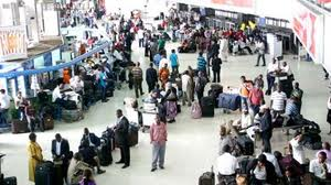 Aviation ministry directs all airlines who delay passengers for more than two hours to offer refunds