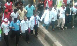 Federal government directs chief medical officers not to pay any doctors out on strike